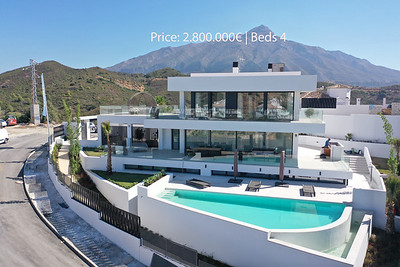 Brand new villa for sale in  Nueva Andalucía