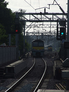 90 010 1P13 0650 Powers up the grade to Colchester (non stop) as 321 344 2XXX 0648 Liverpool St - Colchester Town departs Colchester (0749) Wednesday 11th May 2011 - full colleciton at http://www.flickr.com/photos/frinton/5712345415/in/set-72157626578703491 - Colin Brooks