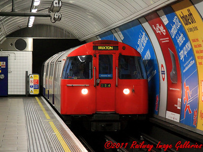One of the few remaining (even at that time) trains of 67 stock arrives at Oxford Circus on the 9th February 2011 - RIGalleries