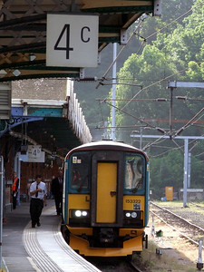 153 322 2XXX 0825 Ipswich - Felixstowe awaits time at Ipswich (0826) Wednesday 11th May 2011 - Colin Brooks