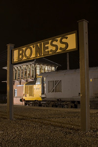 Not really one for the 'Guess Where' folder :-) 37906 during an evening photo shoot at Bo'ness on 2nd January 2011. - Peter Kellet