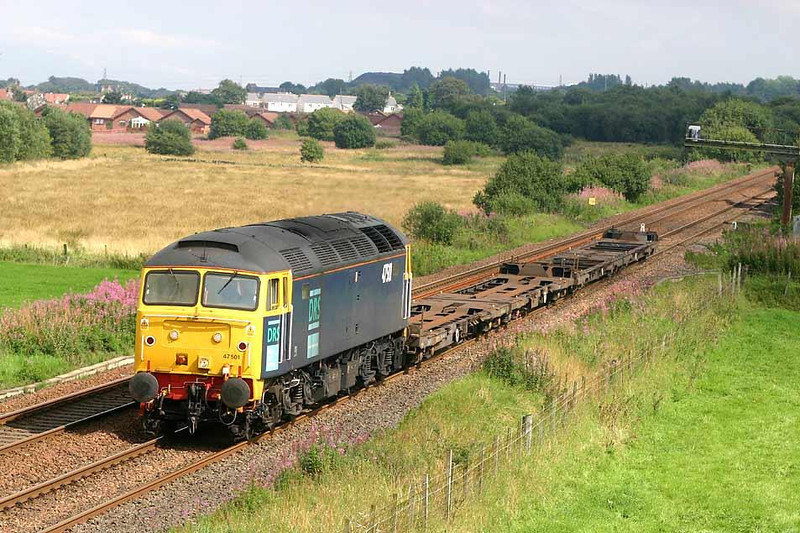 47501 approaching Dalnair Road Allandale with 6M53 WO Grangemouth - Kingmoor which conveys wagons for repair / maintenance. 18th August 2004. Image supplied by Peter Kellett