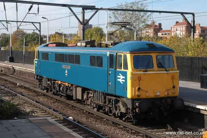 En route to Newcastle for rededication 87001 crawls through Camden Road Station. Image supplied by rail_net_2k