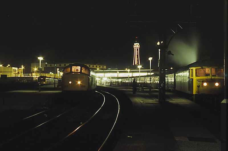 45106 and a 47 stand at Blackpool many many years ago, shame it's not like that now . Image supplied by rail_net_2k