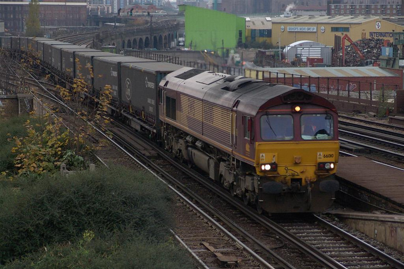 66185 on the 6M33 Eastleigh yard-Wembley this afternoon at Worting.......  Image supplied by Chris Nevard.