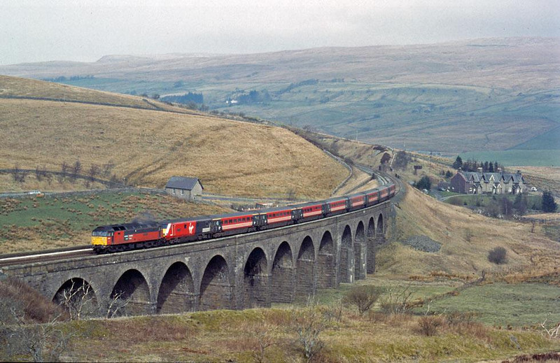 S&C drags 1.  47757 at Garsdale on 23rd March 2002.  Image supplied by Peter Kellett.