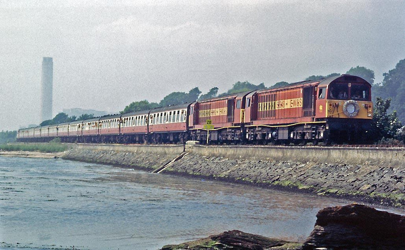 No bones about it they are sadly missed.  58048 and 58016 skirt the Firth of Forth at Culross with the misty outline of Longannet Power Station in the background.  Image supplied by Peter Kellett.