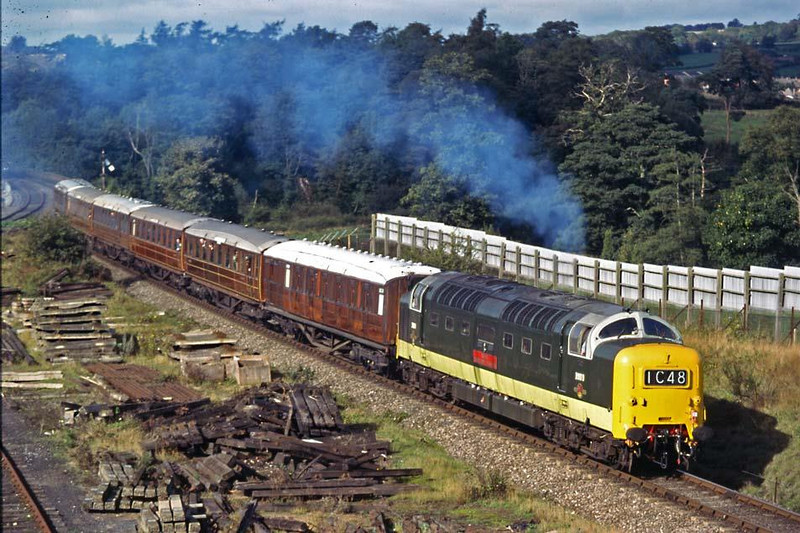 King of Diesels.  D9019 also in the SVR gala 10th October 1998.  Image supplied by Peter Kellett.