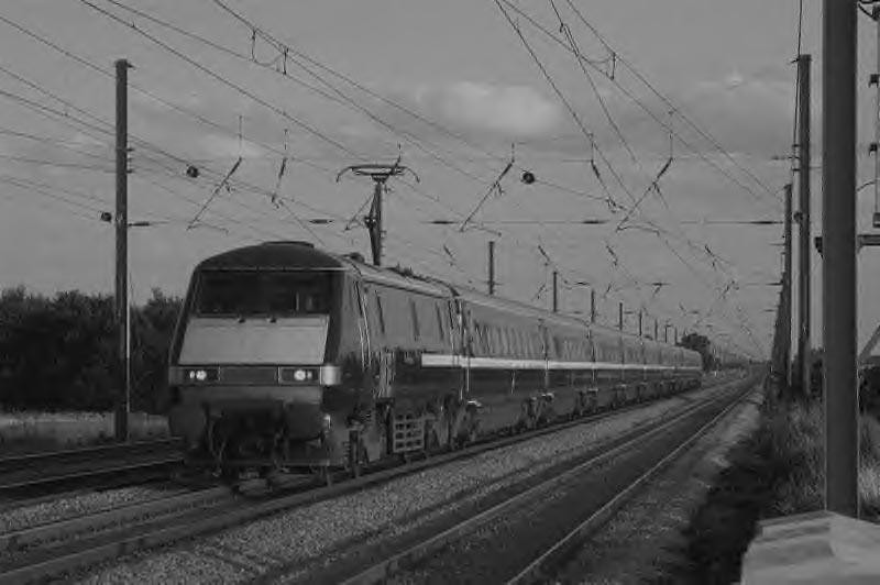 91110 David Livingstone heads north through Biggleswade - a shot revisited.  Image supplied by Marcus Dawson.