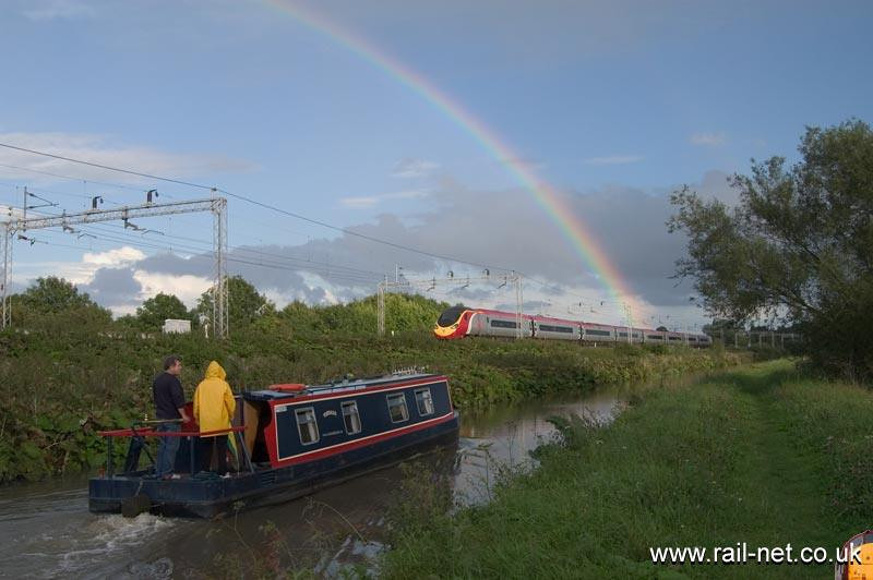 Sometimes it just all comes together! 390041 goes to find the pot of gold. Image supplied by Marcus Dawson.