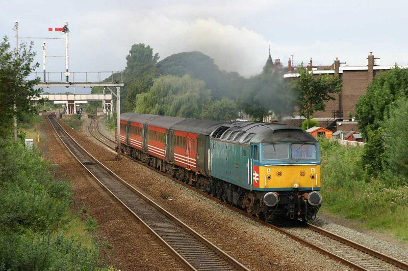 Another rake of ex Virgin Mk2s, this time with 47853 in charge. Image supplied by Mark Bearton.