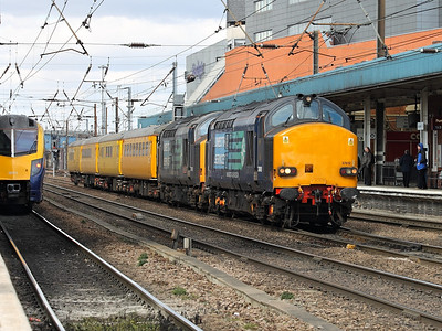 37612 & 37601 amble through Doncaster with a collection of test train coaches on the 5th April 2013 - RIGalleries