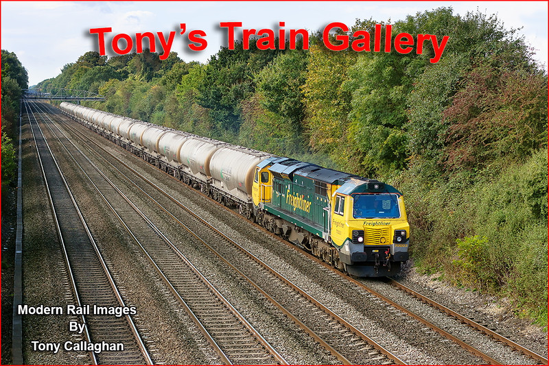 3rd Oct 12:  On the first occasion that a class 70 has worked a train though Shottesbrooke in daylight hours 70003 is captured on the point od 6M91 returning the cement empties to Earles from Theale