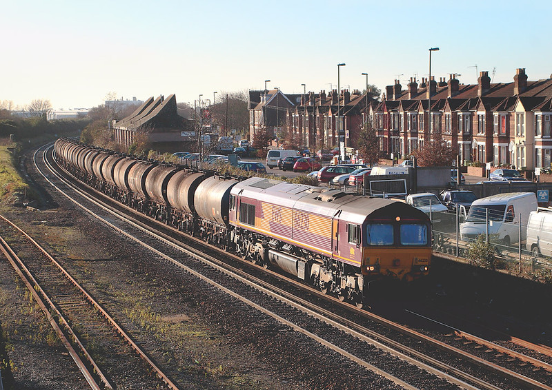 0th Dec 06:  66230 brings Bitumen tanks for Bromford Bridge into the station. This does not usually run on a Saturday