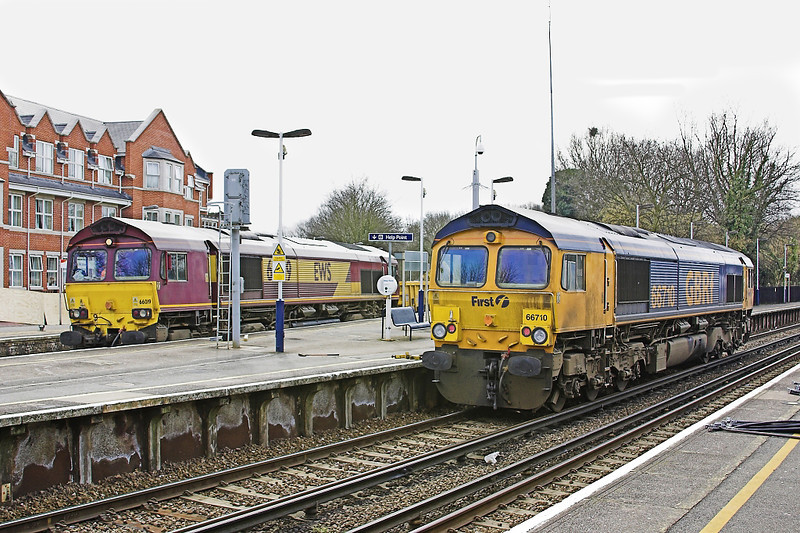 11th Mar 06:  66019 heads the ballast wagons. When empty  66710 will take them away