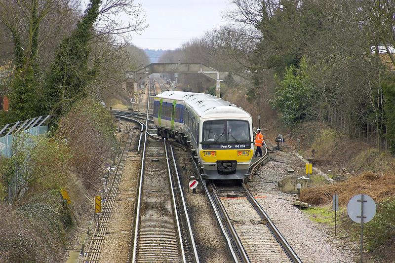 26th Feb 2006:  166204 gains the correct line at Wokingham