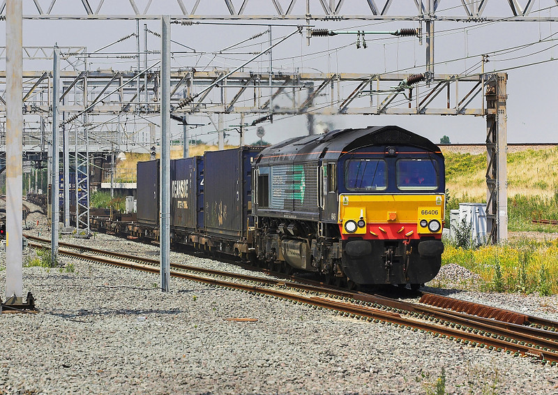 4th Jul 06:  66406, 4Z39 Coatbridge to Daventry Intermodal