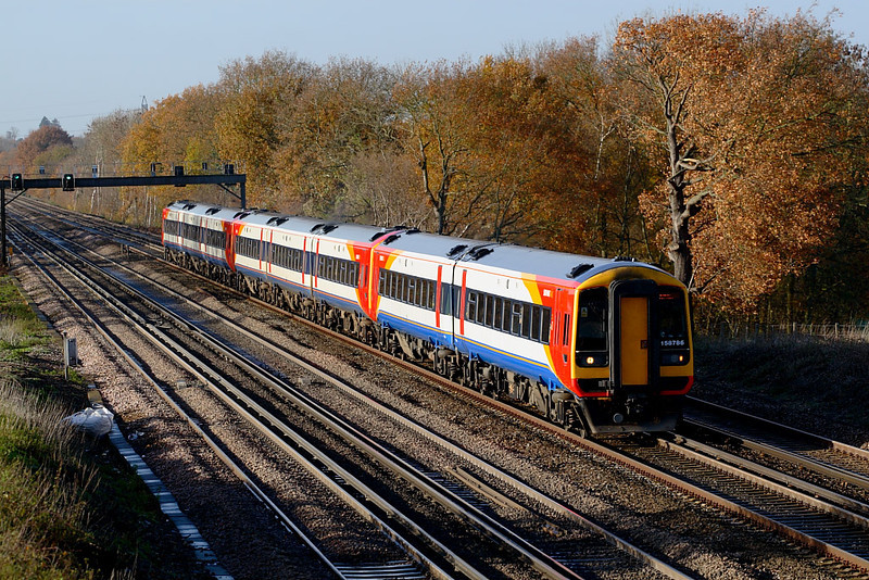 29th Nov 06:  158786 leads a 3 unit train with each having started from a different starting point and finally joining at Salisbury