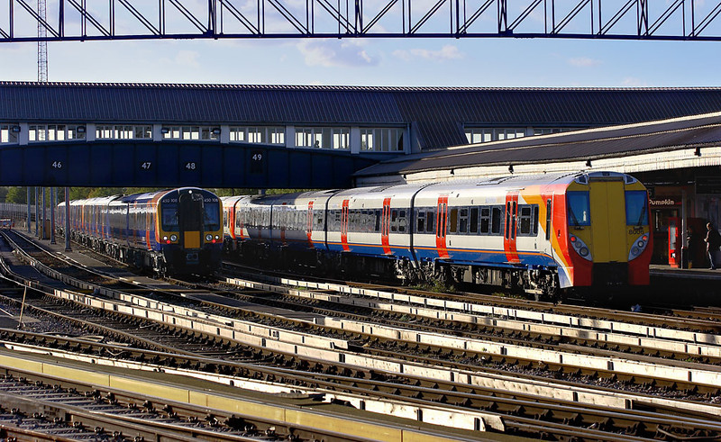 9th Nov 06:  450108 and 458006 await the call of