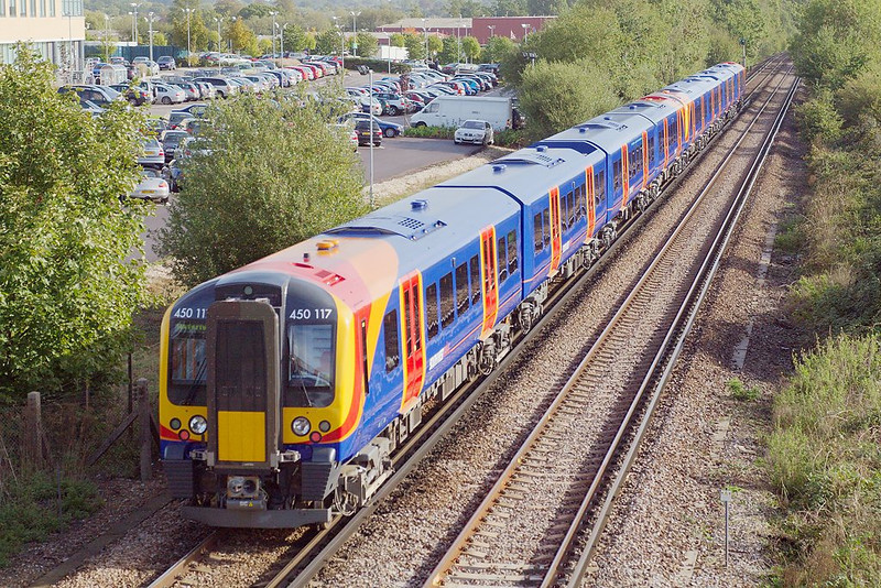 7th Oct 06:  450117 is the 2nd unit