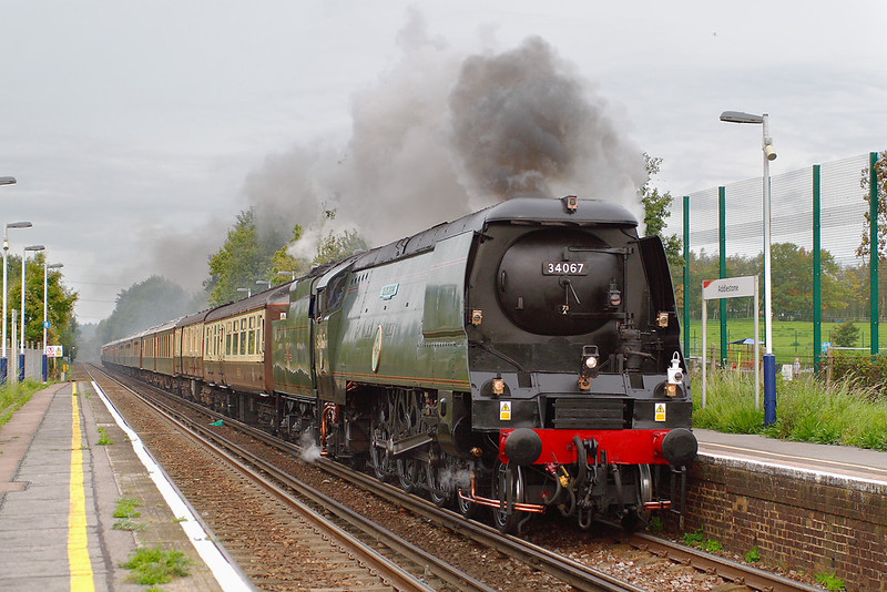 "28th Oct 06:  34067 ""Tangmere"" brings this morning's running of the Orient Express through Addlestone"