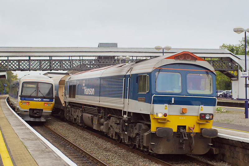 """30th Oct 06: 59204 """"Vale of Glamorgan"""" , 7A17 Merehead to Acton"""
