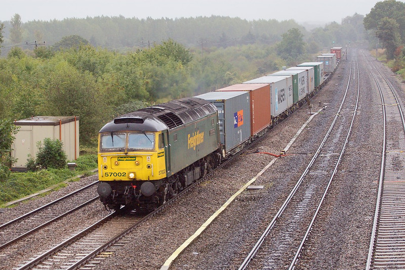 5th Oct 06:  57002 was surprise power for  4M58 Southampton to Leeds