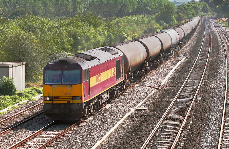 8th Sep 06:  60020, 6Z41 Theale to Lindsay empty tanks.