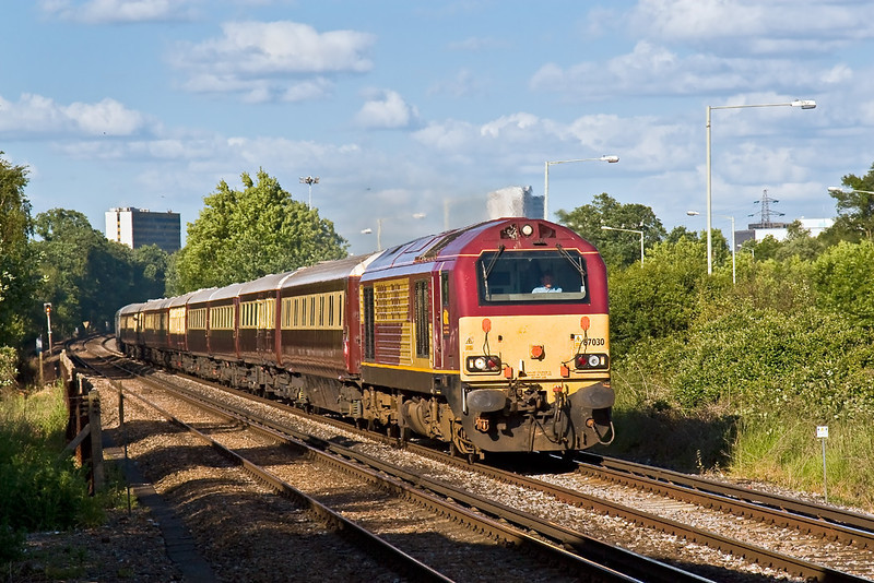 19th Jun 08:  The first of the returning race day specials was 67030 with the Northern Belle set to Liverpool Lime Street. Here passing Amen Corner in Bracknell.