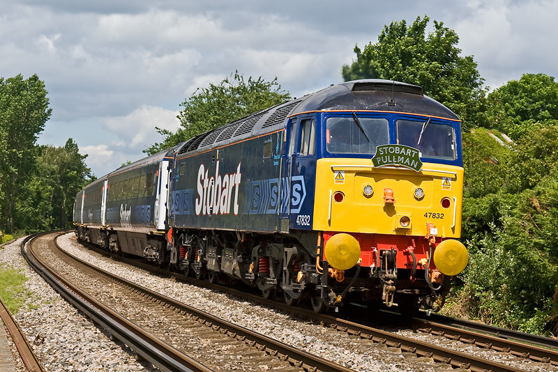 19th Jun 08: 'Eddie Stobart's Pullman'. With the gold buffers celebrating the Ascot Gold Cup and the dolly? still in the chair 47832 climbs away from Wokingham