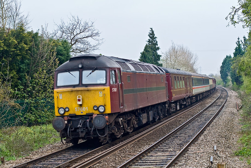 19th Apr 08:  WCR 57601 was on the rear providing ETH power for the 1st Class coaches