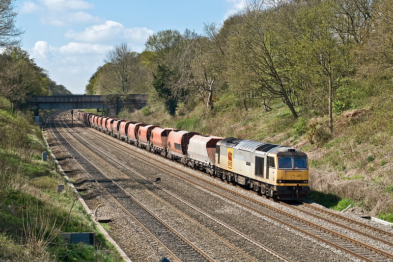 23rd Apr 08:  Tug 60063 'James Murray' leads 6M20 from Whatley to St Pancras through the Sonning Cutting