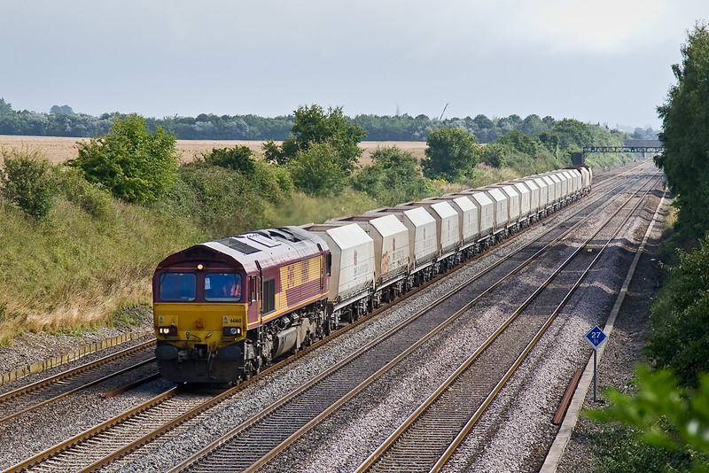 8th Aug 08: 66160 and 6B35 Hayes to Morton on Lugg empties