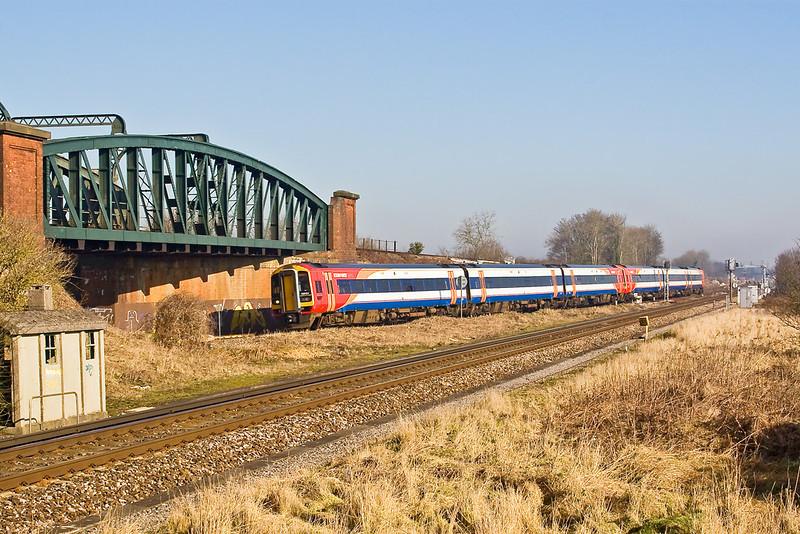 12th Feb 08:  159104 takes the Salisbury line