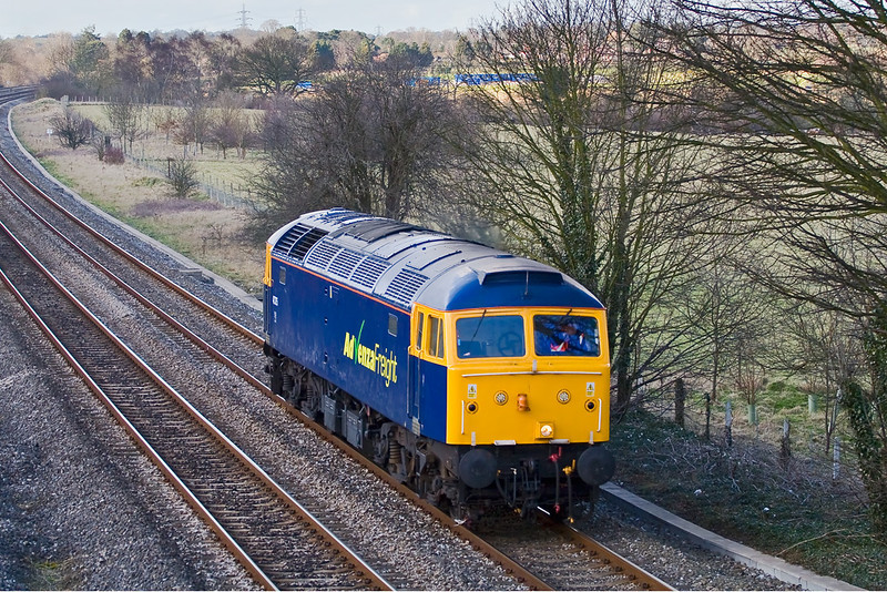 27th Feb 08:  Advenza Freight's 47375 scoots through working as 0Z70 from Horton Road to Old Oak Common