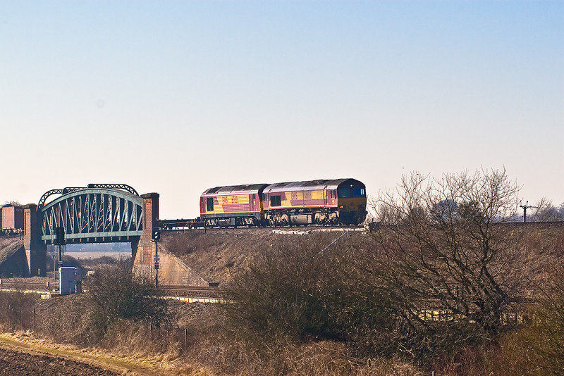 12th Feb 08: 66106 with 67001 DIT. 6M44 Eastleigh-Wembley Enterprise