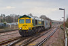 9th Jan 08:  As the rain falls 66588 takes the route through Platform 2 from the Reading line hauling 4O27 from Ditton.