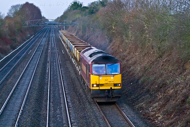 5th Jan 08:  60024 on the point of 6A13 Theale to Acton 4 wheel hoppers