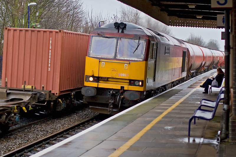 10th Jan 08:  Nothing at all and then two at once !!  60017 on the returning Murco Oil empties