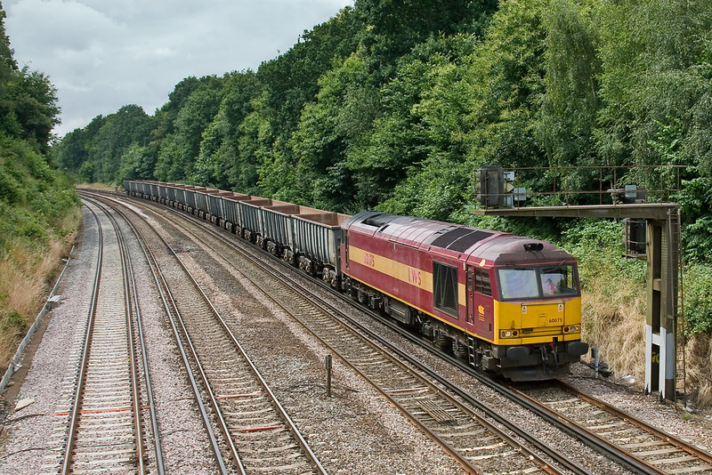 11th Jul 08:  Having worked down to Eastleigh in the morning 60075 now returns to Grain.  Captured here leaving Farnborough