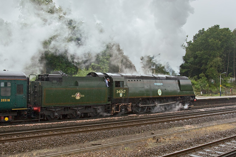 9th Jul 08:  As the rain continues Tangmere heads for Weymouth and makes a very sure footed start