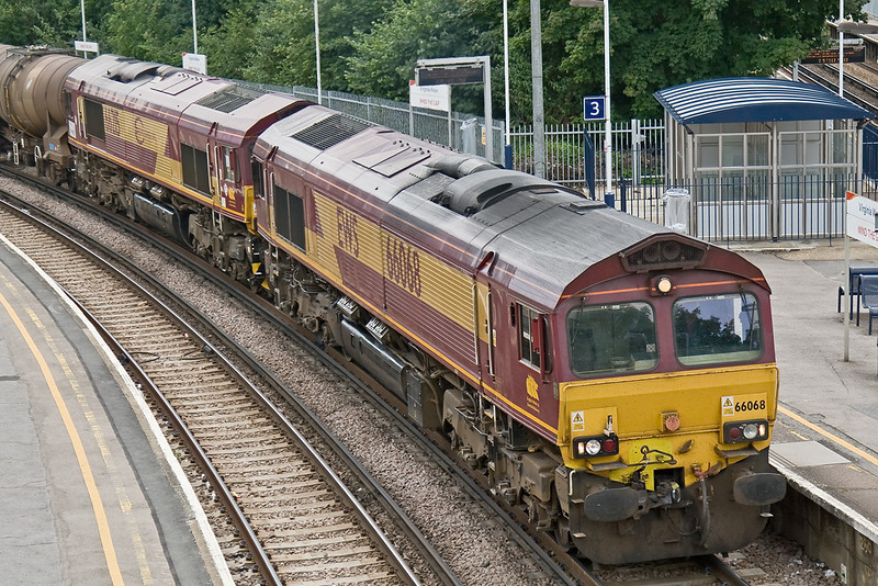 16th Jul 08: DIT in 6M44 from Eastleigh to Wembley is Euroshed 66215.