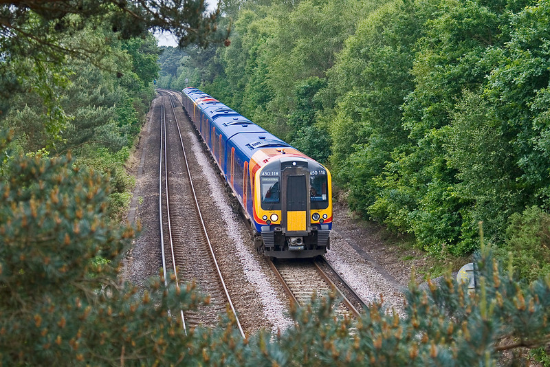 2nd Jun 08: 450118 nears Fox Hills Tunnel working the 12.28 Farnham to Waterloo