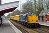 26th Mar 08:  37608 leads on 1Q14's leg to Reading as it passes Crowthorne