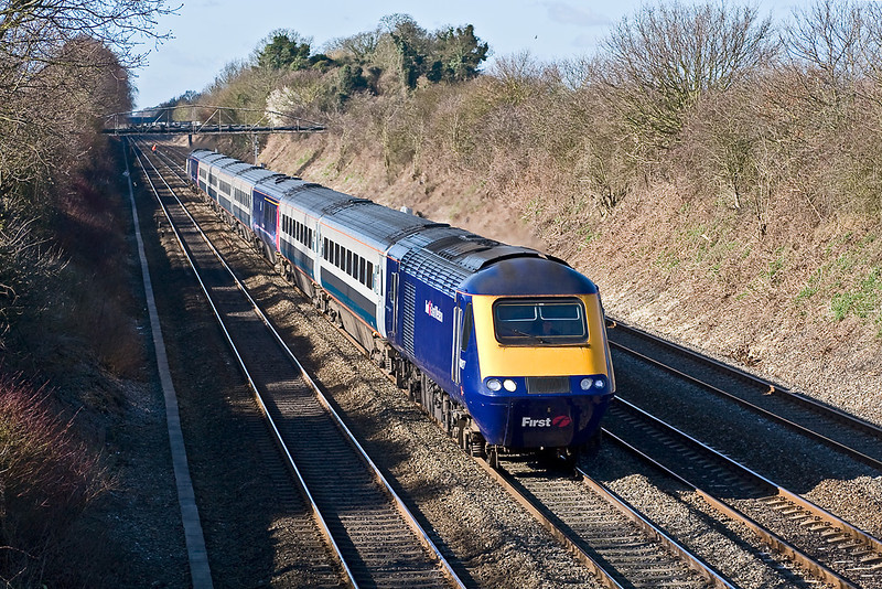 3rd Mar 08:  43027 heads the MML set now with two FGW vehicles in the consist