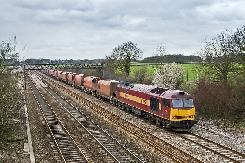 18th Mar 08:  The 6Z20 Whatley to St Pancras hoppers and 60065