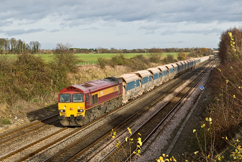 20th Nov 08: In a welcome patch of sun 59205 on 7C77 Acton to Merehead empties