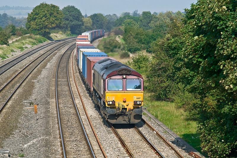 18th Sep 08:  66117 works 4O04 from Washwood Heath to Southampton