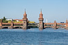 9th Sep 08:  A 'U Bahn' service crosses the Spree on the Oberbaum bridge