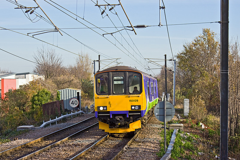 1st Dec 09:  The 11.58 from Barking arrives at South Tottenham in the hands of 150129